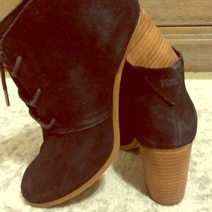 Black TOMS Booties Sz 8